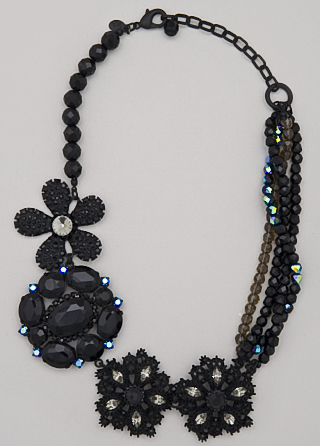 Sequin Flowerfull Necklace
